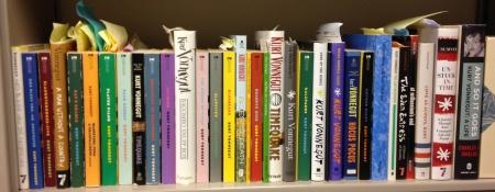 bookshelf KV