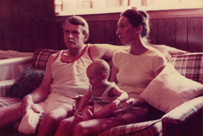 mom dad Tommy 1983